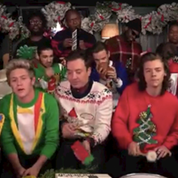 One Direction Sings Santa Claus Is Coming To Town